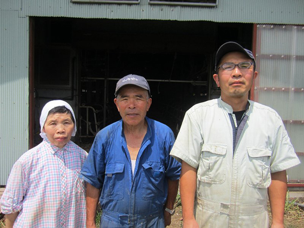 芳沢牧場ご家族